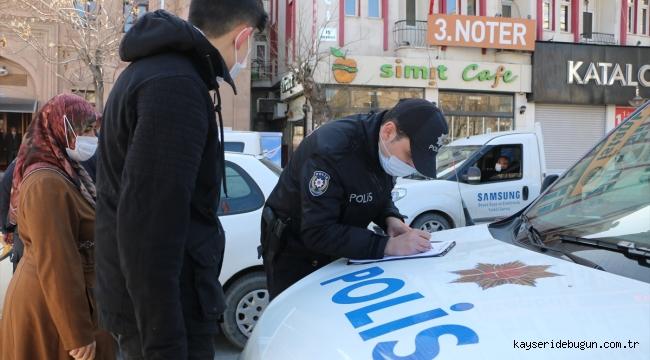 Aksaray'da kısıtlamaya uymayan 24 kişiye 75 bin 600 lira para cezası verildi