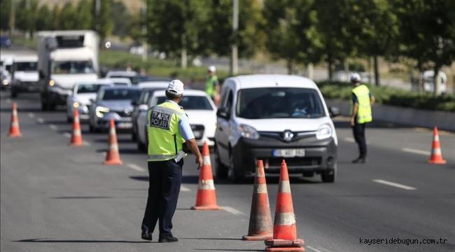 Kayseri'de son bir ayda 16 bin 787 trafik cezası kesildi