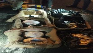 Niğde'de balık kolilerine gizlenmiş 51 kilo 950 gram esrar ele geçirildi
