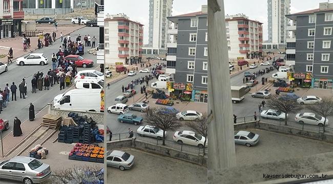 Kayseri'de kısıtlama sırasında bedava patates kuyruğu oluştu