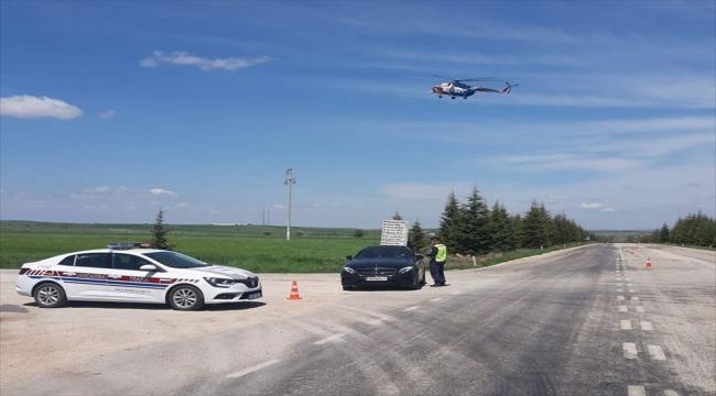 Eskişehir'de helikopterli trafik denetiminde 27 sürücüye ceza kesildi