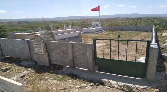 Yerköy'de şehit Yücel Yılmaz'ın mezarında çevre düzenlemesi yapıldı