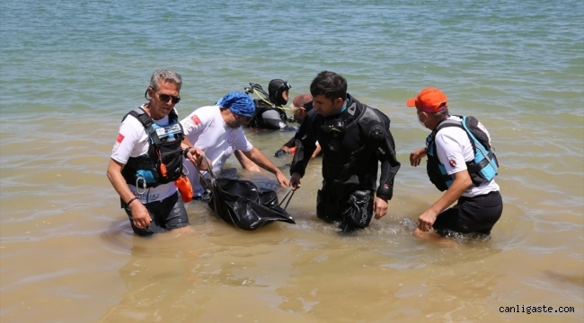 Kayseri'de baraj gölünde kaybolan ikisi çocuk 3 kişinin cansız bedeni çıkartıldı