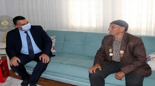 Beypazarı Kaymakamı Oktay Erdoğan'dan Kore gazisine ziyaret
