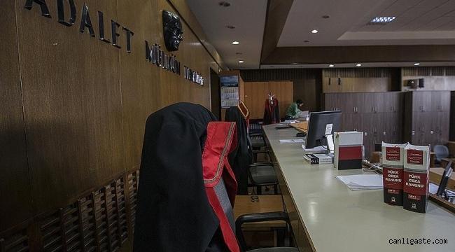 Kayseri'de FETÖ'den ihraç doktora 2 yıl 22 gün hapis cezası