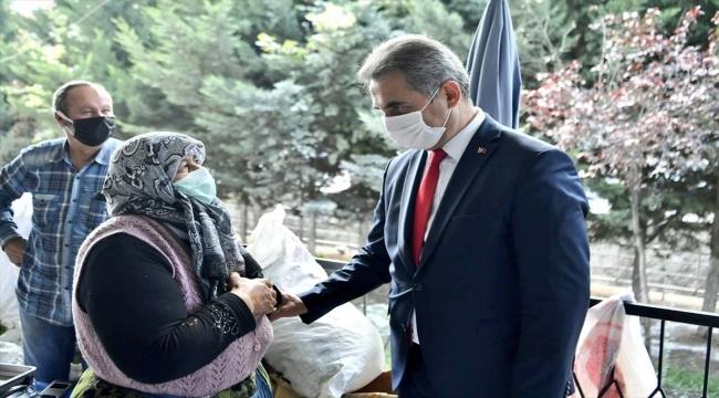 Mamak Belediye Başkanı Murat Köse pazarda denetim yaptı