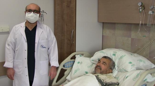 Konya'da idrar yapamama şikayetiyle hastaneye başvuran kişiden 450 gram prostat çıktı